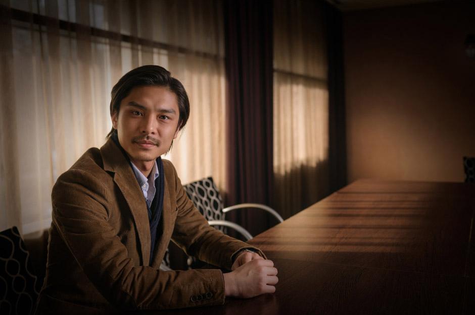 PORTRÉFOTÓZÁS: Férfi üzleti portréfotózás